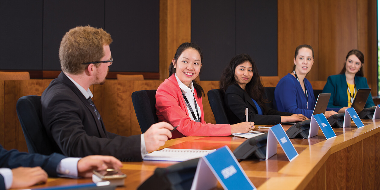 Study International Relations at Curtin